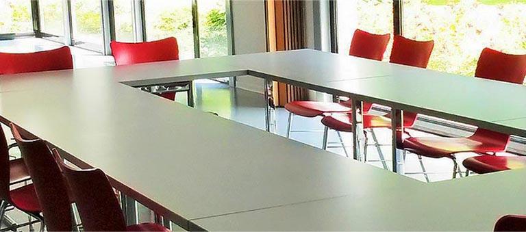 Salle de séminaire ou réunion à l'Auberge de Jeunesse de Mulhouse